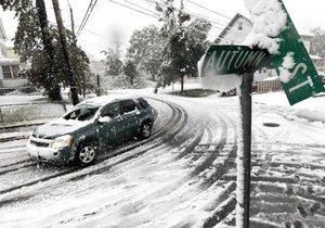 В США жертвами снежной бури стали три человека, более 2 миллионов остались без электричества