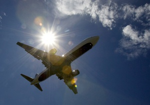 Пилота самолета могут уволить за секс с пассажиркой