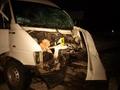 В Тернопольской области столкнулись микроавтобус и легковое авто: двое погибших, шестеро раненых