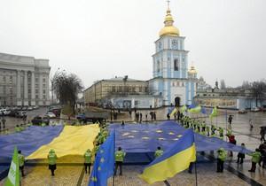 """В рейтинге демократии Украина скатилась до уровня """"гибридных режимов"""""""