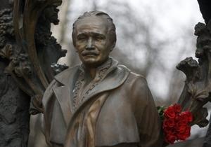 Представители оппозиции считают, что 2012 год должен быть провозглашен Годом Вячеслава Чорновила
