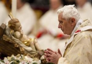 Папа Римський привітав християн з Різдвом
