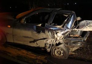 Под Харьковом ВАЗ врезался в припаркованный Lanos: один человек погиб, пятеро получили травмы