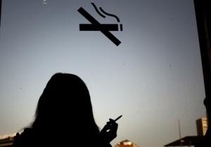 Украинские курильщики призывают обустроить места для курения за акцизные средства