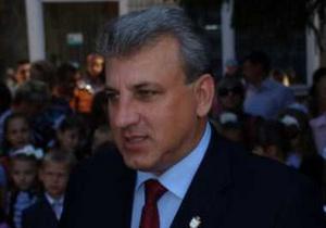 Мэр Сум считает, что Азаров не должен указывать местной власти, что ей делать