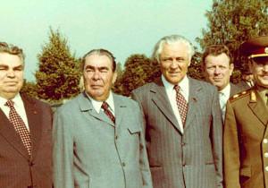 Тигипко одобряет появление в Днепропетровске улицы Брежнева