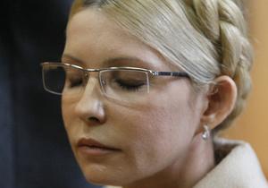 Массажист Тимошенко считает, что экс-премьер нуждается в системном лечении