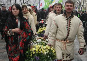 Сторонники Батьківщини почтили память Героев Крут на Аскольдовой могиле