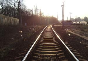 Вследствие аварии поезда в Сумской области на землю высыпалось 60 тонн химикатов - СМИ