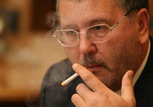 Гриценко: В СНБО Клюев будет руководить избирательной кампанией Партии регионов