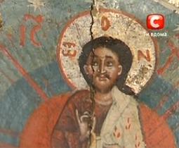 Мороз в Киеве испортил церковные иконы