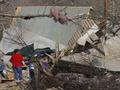 Число жертв торнадо в США достигло 39