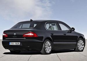 Полк МВД Титан приобрел легковой автомобиль за треть миллиона гривен