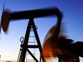 США просят Саудовскую Аравию повысить добычу нефти