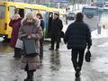 В Луганске водитель Жигулей выехал на остановку и сбил двоих человек