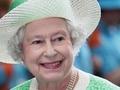 Королева Елизавета неожиданно посетила свадьбу подданых
