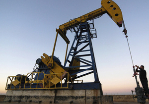 Франція розпечатає стратегічні запаси нафти на прохання США