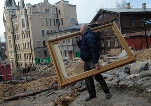 Компания Ахметова отказалась от строительства торгового центра на Андреевском
