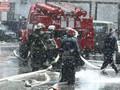 Пожар на Шулявке: Горит склад крупнейшего секонд-хенда Киева