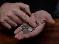 В Украине долги по зарплате составляют почти миллиард гривен