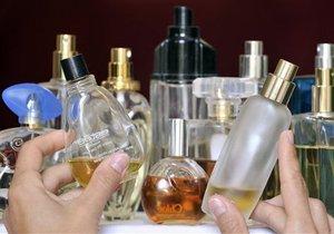 В Запорожье продавали фальсификат парфюмерии на 2,5 млн гривен