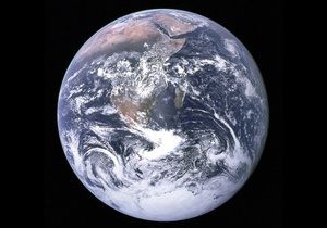 Астероїд летить в напрямку до Землі
