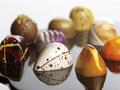 Конотопский школьник украл у родителей 30 тысяч гривен и потратил их на сладости