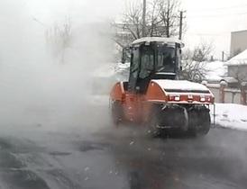 В Донбассе укладывают асфальт в 15-градусный мороз, чтобы не возвращать деньги в бюджет