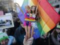 125 тысяч парижан участвовали в марше в поддержку однополых браков