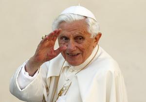 Новини світу - Зречення Бенедикта XVI - третє за майже 2000-літню історію папства