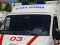 В Ровно неизвестный в медицинской маске пять раз выстрелил в директора сети мебельных магазинов