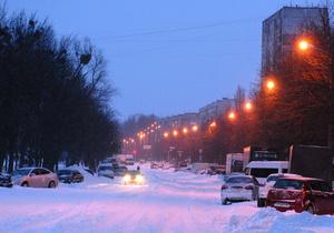 Новости Киева - снег в киеве - ситуация на дорогах - пробки: В Киеве снова идет снег