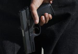 В России охранник случайно застрелил собутыльника