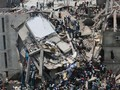 В Бангладеш на месте обрушения здания возник пожар