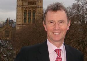 Британского парламентария обвинили в изнасиловании
