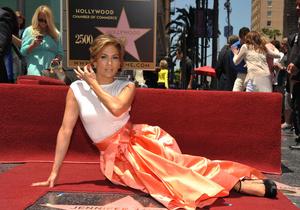 Джей Ло получила звезду на Аллее славы