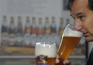 Такие редкие специализации в ВУЗах, как пивовары и востоковеды, набирают по ...