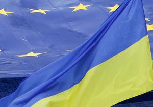Украина пересмотрит спецпошлины на импортные автомобили - спецпошлин