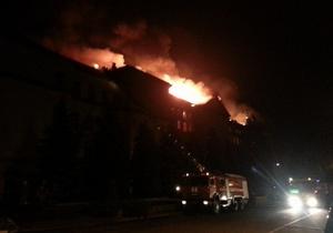 Спасатели ликвидировали пожар в киевском университете