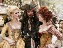 Джонни Депп вернется к Пиратам Карибского моря