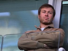 Жители Латвии просят Абрамовича купить их страну