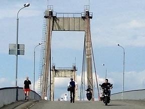 Рыбальский мост закрыт для пешеходов