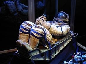 Раздел имущества на МКС: Астронавтам запретят носить костюмы космонавтов