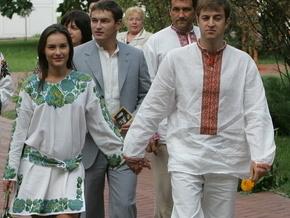 Ющенко поздравляют с именинницей
