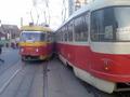 В Киеве столкнулись два трамвая: есть травмированные