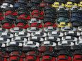 Продажи машин в Украине упали в пять раз