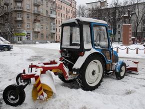 Зимой в Киеве высыпат 36 тонн соли