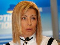 Анна Герман хочет отобрать зарплату у депутатов