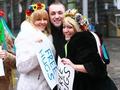 Разомкнутые объятия. Акция Free hugs обернулась для FEMEN судом