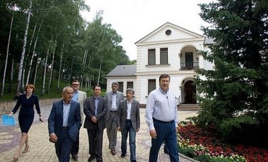 Звезды политических ток-шоу в Украине. F5b31a2d2fa350198c10494195f1229d